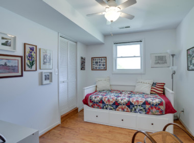 1598 N Harbor Dr Saint Leonard-large-009-27-Bedroom 1-1500x1000-72dpi