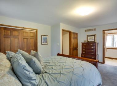 4006 S Shore Dr Port Republic-large-031-033-Master Bedroom-1500x1000-72dpi