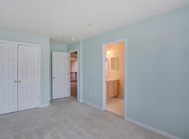517 Marlboro Ct Unit 47-large-037-052-Bedroom 1-1500x1000-72dpi