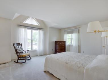 14400 Paddington Ct Unit 139-large-030-182-Bedroom-1500x1000-72dpi