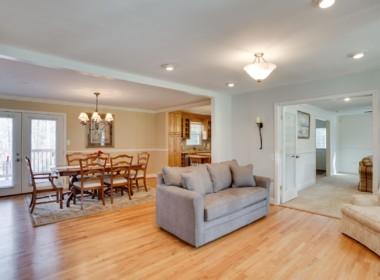 2775 J Lloyd Bowen Rd Saint-MLS_Size-007-17-Sitting Room-2048x1536-72dpism