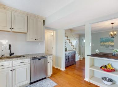 2909 Main St Edgewater MD-large-023-023-Kitchen-1500x1000-72dpi
