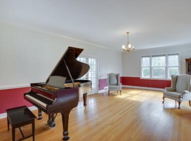5920 Ray Norwood Rd Prince-large-011-7-Sitting Room-1500x1000-72dpi