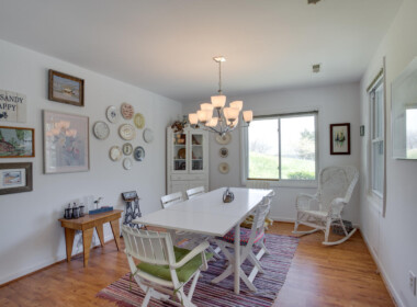 1598 N Harbor Dr Saint Leonard-large-005-21-Dining Room-1500x1000-72dpi