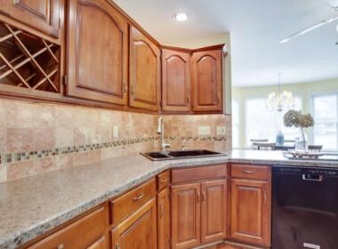 21680 Pebble Beach Ct-small-055-045-Kitchen-666x444-72dpi