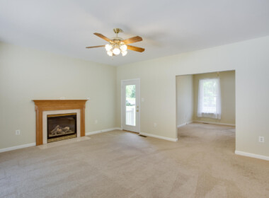 4005 Todd Dr Prince Frederick-large-029-036-Family Room-1500x1000-72dpi