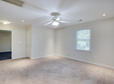 3965 Ramsey Hodges Rd Saint-large-064-064-Top Level Family Room-1500x1000-72dpi