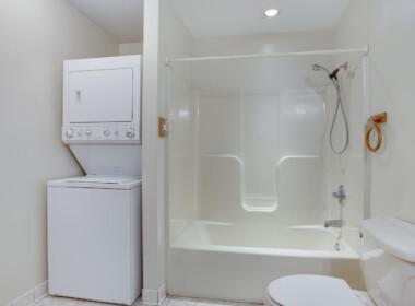 3965 Ramsey Hodges Rd Saint-large-083-077-Top Level BathroomLaundry-1500x1000-72dpi